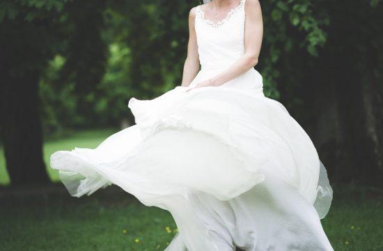 Bröllop, bröllopsfotograf, Ung cancer, Västerås, kärlek, Ängsö slott, brudklänning, Zetterberg couture