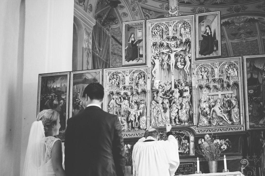 Vigsel i Veckholms kyrka