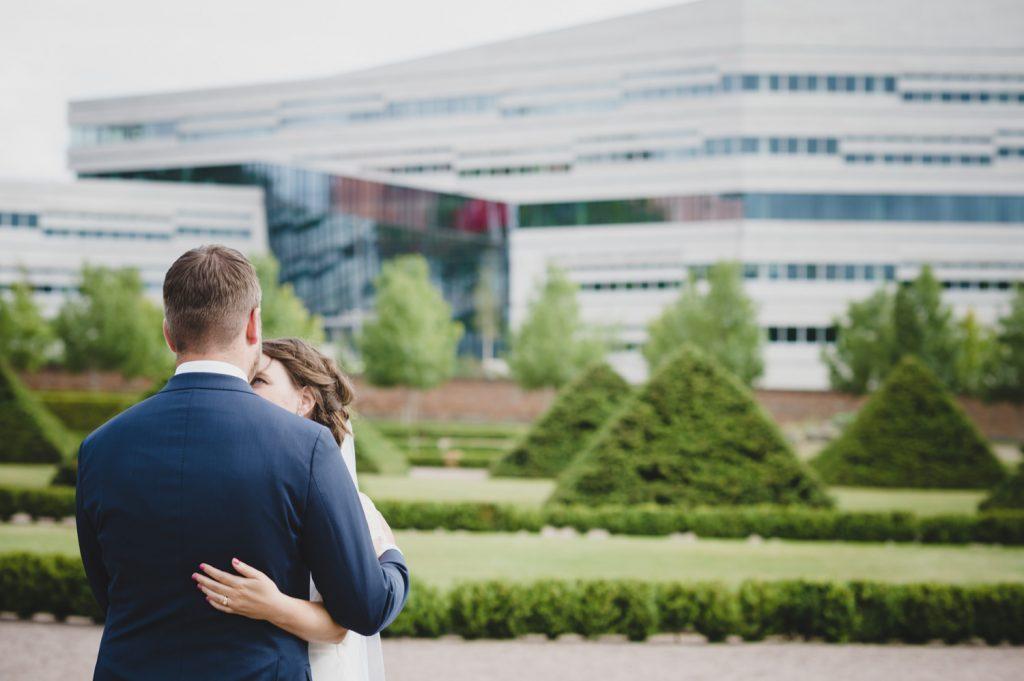 Bröllop, Uppsala, brudpar, bröllopsfotograf, Segerstedthuset, Moment Design, Beloved