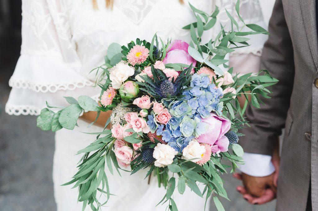 bröllop, vigsel, Täby, kyrklig vigsel, brudpar, brud