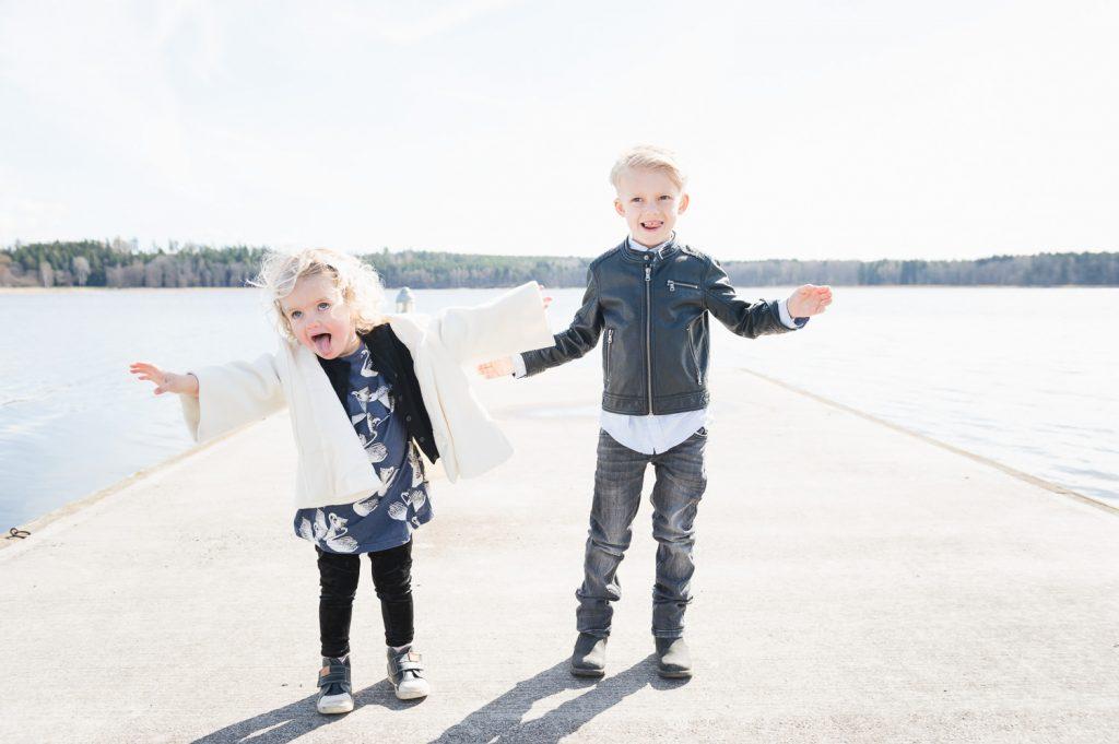 barn, barnfoto, barnfotograf, familjefotograf, syskonsfoto, morsdagsfoto